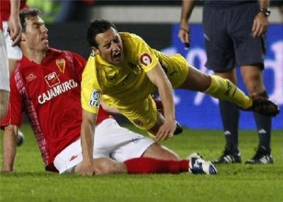 El Murcia mereció ganar un mal partido y lo perdió